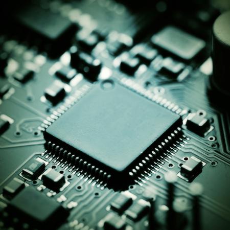 componentes: Primer plano de la placa de circuito electr�nico con componentes