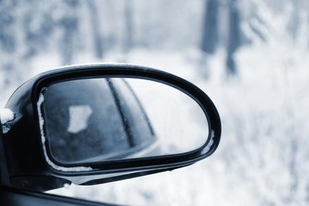 rear view mirror: Rear view mirror in winter