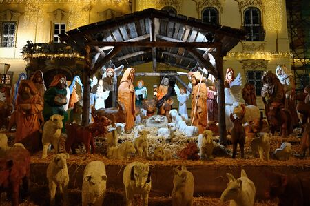 Beautiful nativity scene with baby Jesus. Traditional Christmas background of Christian holidays. 版權商用圖片