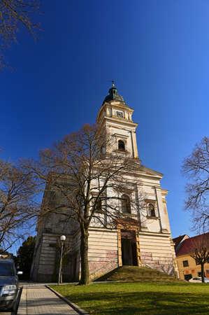 彼得和保罗美丽的老教会。Dolni Kounice  - 南摩拉维亚 - 捷克共和国编辑