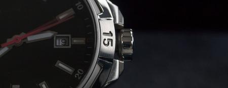 cronografo: hombre lujo detalle reloj accesorio, cron�grafo macro Foto de archivo