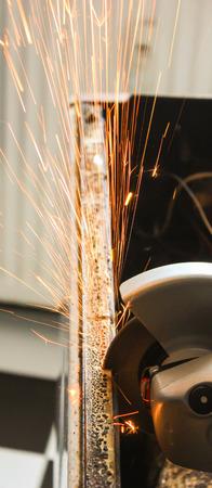 molinillo: Amoladora de �ngulo chispas primer plano