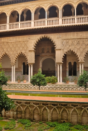 mudejar: Courtyard of the maidens in the Alcazar, a mudejar palace in Seville, Spain