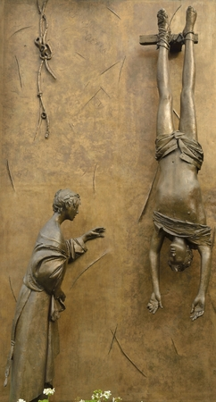partisan: Monument to the partisan, a work of the Italian sculptor Manzu in Bergamo, Italy