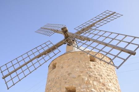 mancha: Stone windmill  in Belmonte, a village of the province of Cuenca, Castile-La Mancha, Spain.