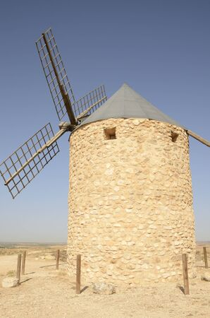 Stone windmill  in the countryside of Belmonte, a village of the province of Cuenca, Castile-La Mancha, Spain. 版權商用圖片