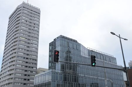 Warsaw, Poland - July 29, 2018: Modern buildings in Warsaw, the capital of Poland. 新聞圖片