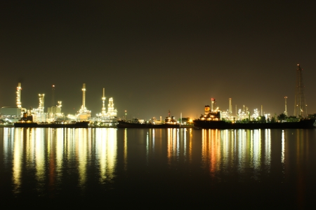 Oil refinery in Thailand Stock Photo - 16372805