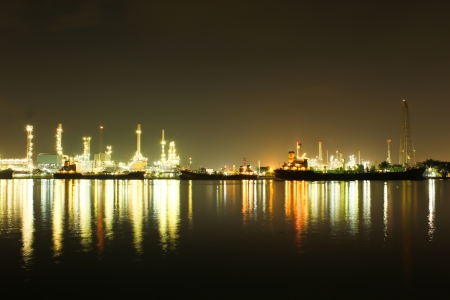 Oil refinery in Thailand Stock Photo - 16372806