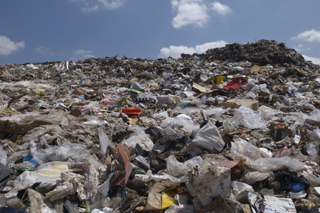 landfill site: Waste at landfill site LANG_EVOIMAGES