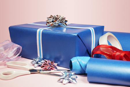 sellotape: Gift with scissors, tape and ribbons