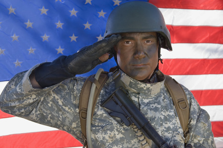 Portrait of US Army soldier saluting Stock Photo - 3811665