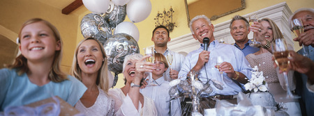 Familia en la celebración de partido Foto de archivo - 3906399