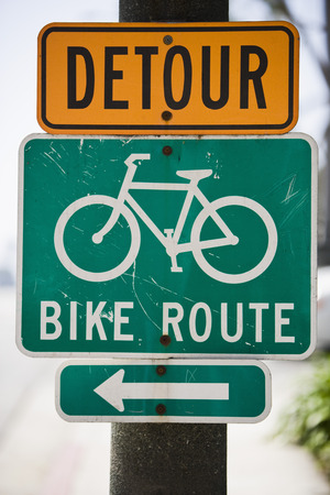 Bike route sign Stock Photo - 4926062