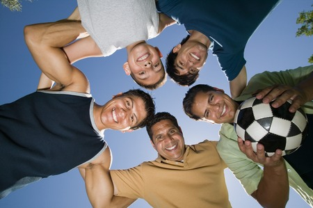 huddle: Recreational Soccer Team LANG_EVOIMAGES
