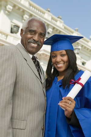 birrete de graduacion: Padre e hija en el d�a de graduaci�n