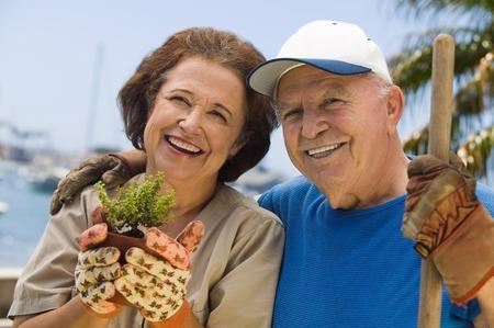 domesticity: Senior Couple Gardening LANG_EVOIMAGES