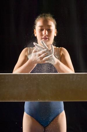 one teenage girl only: J�venes gimnastas LANG_EVOIMAGES