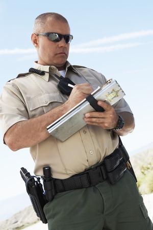 policier: Policier �crire un billet