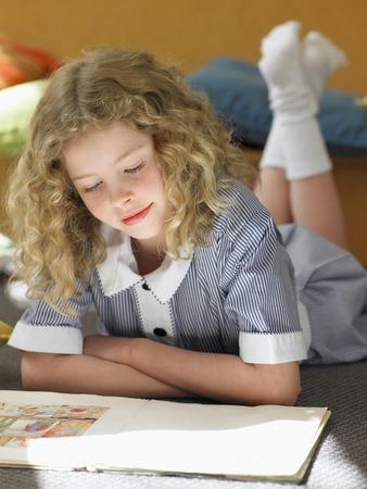 uniform curls: Girl Reading
