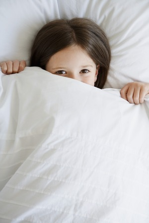 no kw 1: Little Girl in Bed