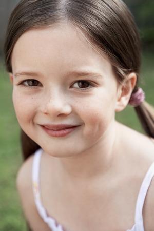 no kw 1: Little Girl LANG_EVOIMAGES