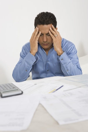 maladies: Man Anxious over Personal Finances