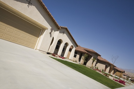 New House With Large Garage and Arched Entry Stock Photo - 12548467