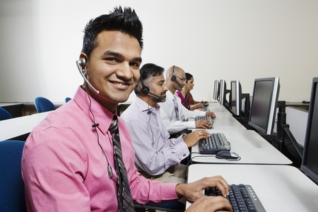45 to 50 years old: Customer Service Reps in Call Center