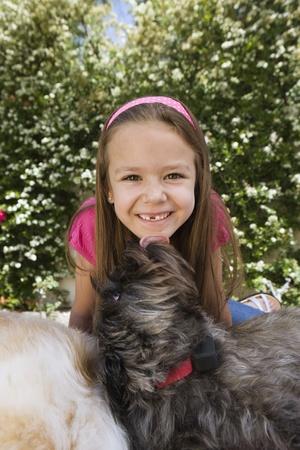 Hond Likken Little Girl's Chin