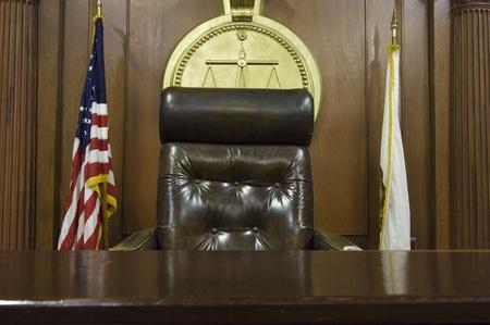 Richter Stuhl vor Gericht