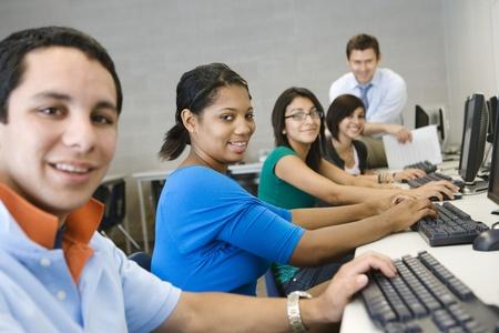 高等学校のパソコン教室 写真素材
