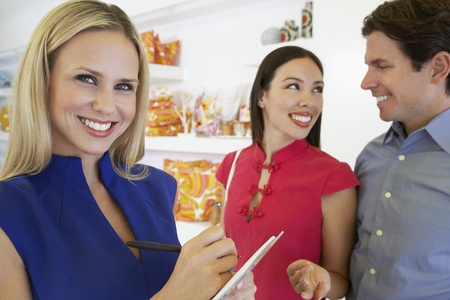 salespeople: Couple Making a Purchase