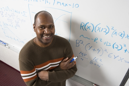 ホワイト ボード、数学の方程式を書く先生肖像画