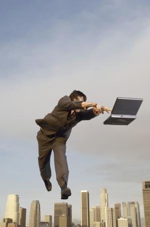 airborne: Businessman on the Go LANG_EVOIMAGES