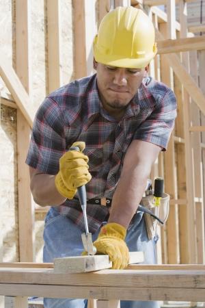 職場の建物の建設労働者