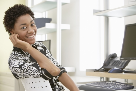 woman only: Businesswoman in Home Office LANG_EVOIMAGES