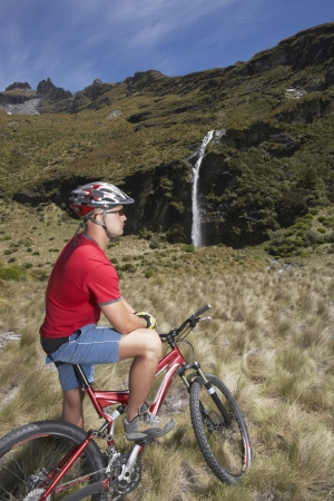 mountainbiking: Mountain Biker in Mountain Landscape