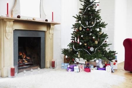 anticiparse: Chimenea y �rbol de navidad