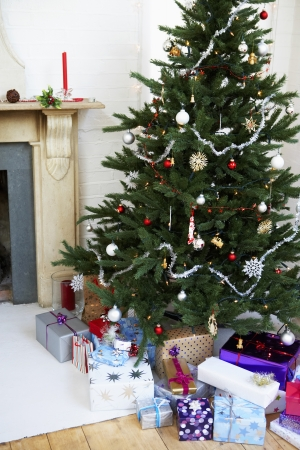 domesticity: Christmas Tree with Many Christmas Gifts
