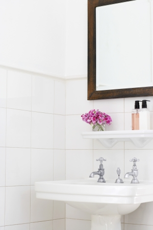 bathroom mirror: Pedestal Sink in Bathroom LANG_EVOIMAGES