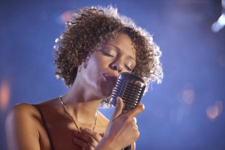 Jazz cantor no palco retrato