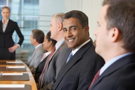 reunion de personas: Reuni�n de negocios en la sala de conferencias