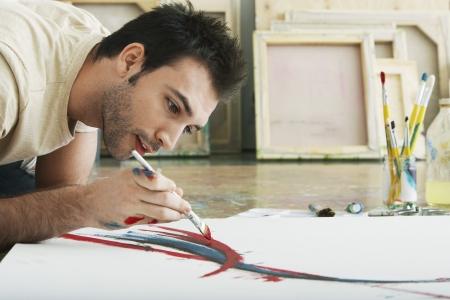 pintor: Pintor en su estudio