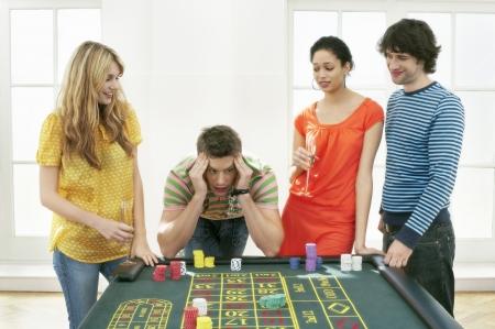 risking: Friends Gambling