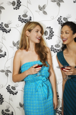 mingle: Friends Drinking Martinis