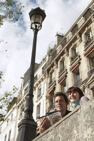holidaymaker: Couple Sightseeing