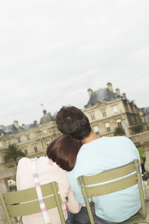 holidaymaker: Affectionate Couple Sightseeing