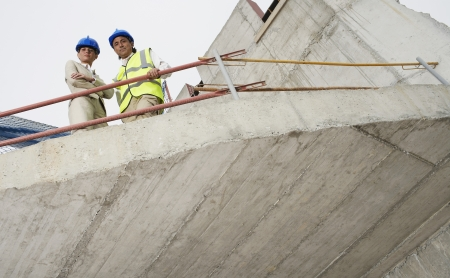 spaniards: Architect and construction manager on site