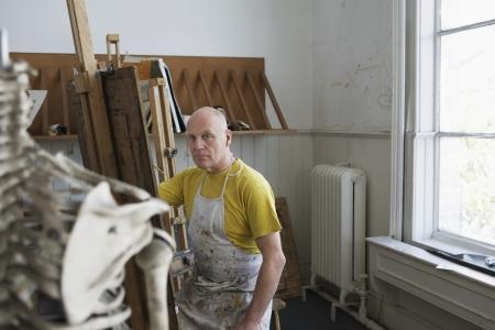 Artist drawing skeleton in studio Stock Photo - 19078532